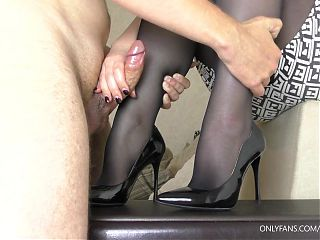 Step sister made brother cum on Shoes